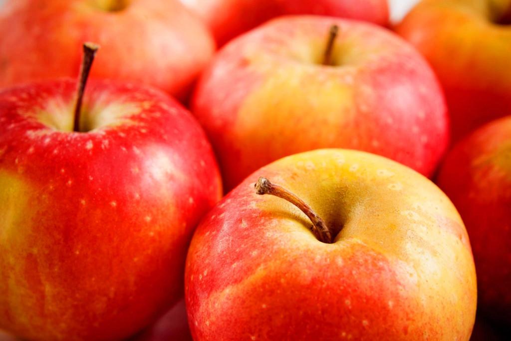 Natural Remedy: Raw Apple Cider Vinegar